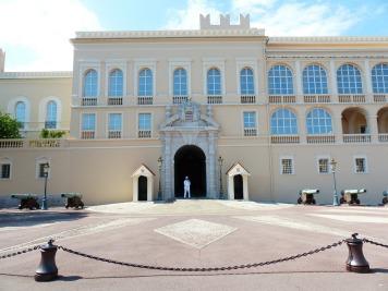 Palace at Monaco - image courtesy of Pixabay